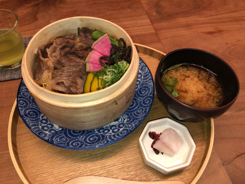 【京都ランチ】伊右衛門サロン アトリエ京都「心と身体の健康バランス」を考えたランチを食べよう